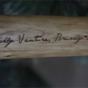 YK-Walking-Stick-Text-Detail
